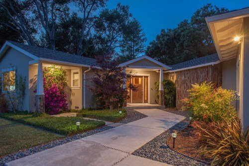 Front - 526 Sequoia Dr