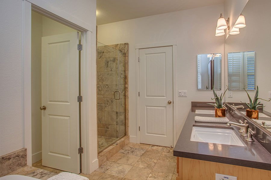 Master Bathroom - 212 Morgan Lane