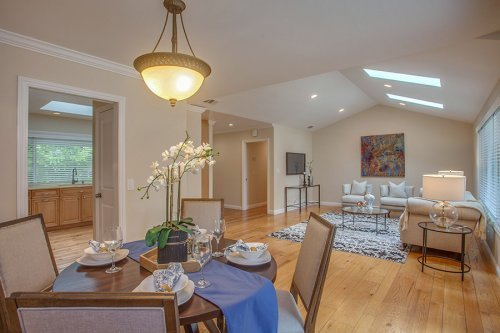 Dining Area - 1450 Highland View Court