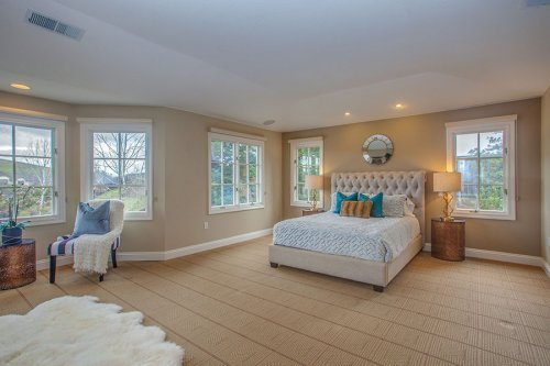 Master Bedroom - 10465 Madrone Ct