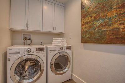 Laundry Room - 703 Benvenue Ave